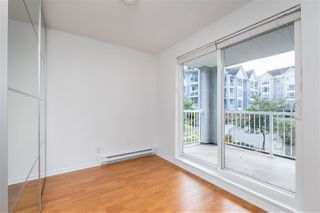"""Photo 33: 201 3142 ST JOHNS Street in Port Moody: Port Moody Centre Condo for sale in """"SONRISA"""" : MLS®# R2504116"""