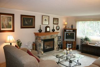 Photo 3: 7 2306 198 Street in Cedar Lane Park: Home for sale : MLS®# F2827552