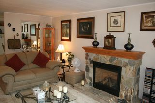 Photo 4: 7 2306 198 Street in Cedar Lane Park: Home for sale : MLS®# F2827552