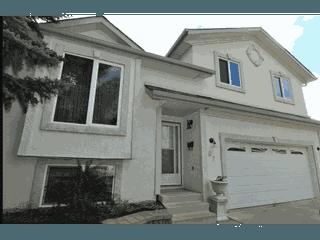 Photo 1: 63 Alderwood Boulevard in St. Albert: House for rent