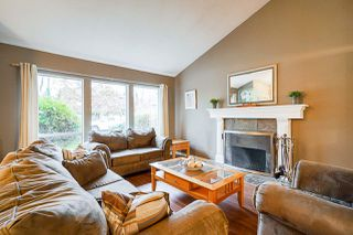 Photo 3: 3369 OSBORNE Street in Port Coquitlam: Woodland Acres PQ House for sale : MLS®# R2528437