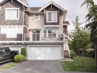 """Photo 1: 77 20760 DUNCAN Way in Langley: Langley City Townhouse for sale in """"WYNDHAM LANE"""" : MLS®# R2395742"""