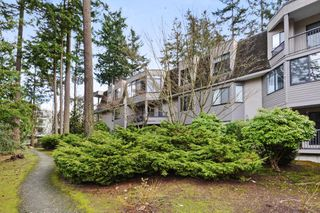 "Photo 16: 108 1760 SOUTHMERE Crescent in Surrey: Sunnyside Park Surrey Condo for sale in ""CAPSTAN WAY"" (South Surrey White Rock)  : MLS®# R2408875"