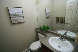 Photo 10: 20 3003 34 Avenue in Edmonton: Zone 30 Townhouse for sale : MLS®# E4177110