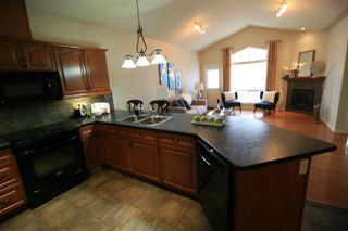 Photo 3: 20 3003 34 Avenue in Edmonton: Zone 30 Townhouse for sale : MLS®# E4177110