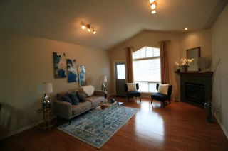 Photo 4: 20 3003 34 Avenue in Edmonton: Zone 30 Townhouse for sale : MLS®# E4177110