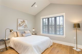 Photo 15: 4587 WALDEN Street in Vancouver: Main House for sale (Vancouver East)  : MLS®# R2428415
