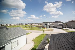 Photo 25: 83 Castlebury Meadows Drive in Winnipeg: Castlebury Meadows Residential for sale (4L)  : MLS®# 202015081