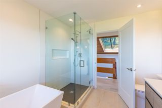 Photo 16: 5236 YACHT Road in Sechelt: Sechelt District House for sale (Sunshine Coast)  : MLS®# R2475849