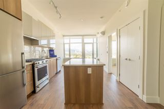 Photo 3: 2503 258 NELSON'S Court in New Westminster: Sapperton Condo for sale : MLS®# R2498253