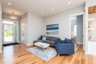 Photo 4: 7627 88 Avenue in Edmonton: Zone 18 House for sale : MLS®# E4215579