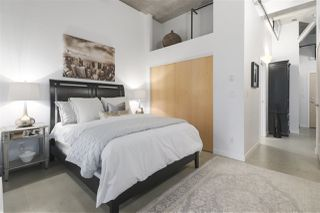"""Photo 12: 106 546 BEATTY Street in Vancouver: Downtown VW Condo for sale in """"Crane Builiding"""" (Vancouver West)  : MLS®# R2413584"""