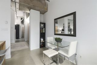 """Photo 3: 106 546 BEATTY Street in Vancouver: Downtown VW Condo for sale in """"Crane Builiding"""" (Vancouver West)  : MLS®# R2413584"""