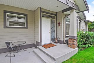 Photo 2: 11 5688 152 Street in Surrey: Sullivan Station Townhouse for sale : MLS®# R2424236