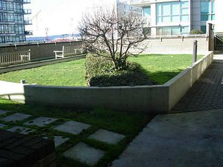 Photo 26: 302 188 ESPLANADE Street E in North Vancouver: Home for sale : MLS®# V1105149