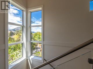 Photo 9: 383 TOWNLEY STREET in Penticton: House for sale : MLS®# 183468