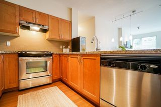 "Photo 7: 301 1111 E 27TH Street in North Vancouver: Lynn Valley Condo for sale in ""BRANCHES"" : MLS®# R2507076"