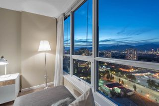 """Photo 16: 2907 6088 WILLINGDON Avenue in Burnaby: Metrotown Condo for sale in """"THE CRYSTAL"""" (Burnaby South)  : MLS®# R2507231"""