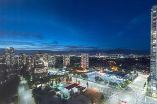 """Photo 2: 2907 6088 WILLINGDON Avenue in Burnaby: Metrotown Condo for sale in """"THE CRYSTAL"""" (Burnaby South)  : MLS®# R2507231"""