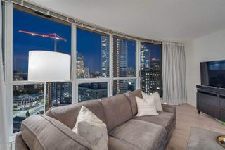 """Photo 7: 2907 6088 WILLINGDON Avenue in Burnaby: Metrotown Condo for sale in """"THE CRYSTAL"""" (Burnaby South)  : MLS®# R2507231"""