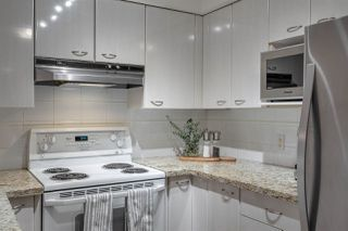 """Photo 13: 2907 6088 WILLINGDON Avenue in Burnaby: Metrotown Condo for sale in """"THE CRYSTAL"""" (Burnaby South)  : MLS®# R2507231"""
