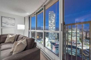 """Photo 4: 2907 6088 WILLINGDON Avenue in Burnaby: Metrotown Condo for sale in """"THE CRYSTAL"""" (Burnaby South)  : MLS®# R2507231"""