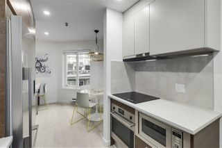 "Photo 8: F7 1100 W 6TH Avenue in Vancouver: Fairview VW Townhouse for sale in ""Fairview Place"" (Vancouver West)  : MLS®# R2522475"