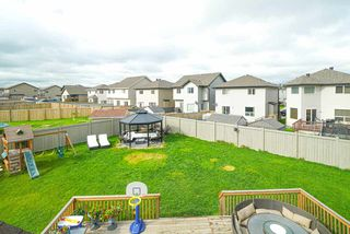 Photo 3: 3343 21 AVE in Edmonton: Zone 30 House for sale : MLS®# E4169225