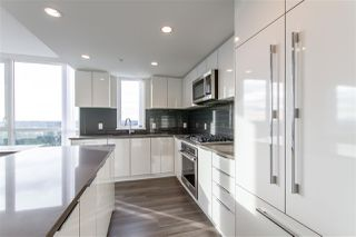 Photo 8: 2303 3096 WINDSOR Gate in Coquitlam: New Horizons Condo for sale : MLS®# R2422292