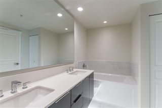 Photo 13: 2303 3096 WINDSOR Gate in Coquitlam: New Horizons Condo for sale : MLS®# R2422292