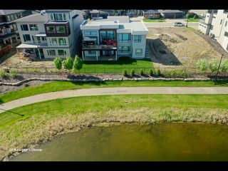 Photo 28: 945 WOOD Place in Edmonton: Zone 56 House for sale : MLS®# E4189634