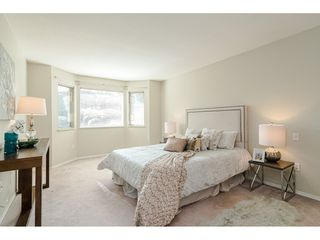 """Photo 11: 29 8889 212 Street in Langley: Walnut Grove Townhouse for sale in """"Garden Terrace"""" : MLS®# R2443236"""
