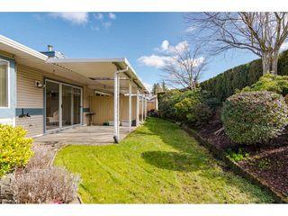 """Photo 17: 29 8889 212 Street in Langley: Walnut Grove Townhouse for sale in """"Garden Terrace"""" : MLS®# R2443236"""