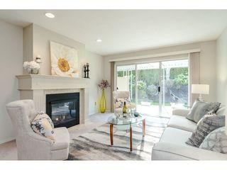 """Photo 4: 29 8889 212 Street in Langley: Walnut Grove Townhouse for sale in """"Garden Terrace"""" : MLS®# R2443236"""