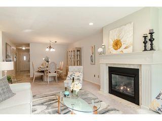"""Photo 6: 29 8889 212 Street in Langley: Walnut Grove Townhouse for sale in """"Garden Terrace"""" : MLS®# R2443236"""