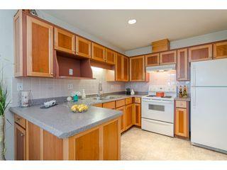 """Photo 7: 29 8889 212 Street in Langley: Walnut Grove Townhouse for sale in """"Garden Terrace"""" : MLS®# R2443236"""