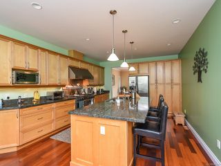 Photo 4: 4648 Montrose Dr in COURTENAY: CV Courtenay South House for sale (Comox Valley)  : MLS®# 840199