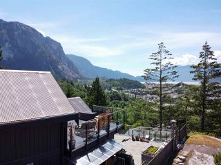 """Photo 33: 38295 VIEW Place in Squamish: Hospital Hill House for sale in """"Hospital Hill"""" : MLS®# R2464464"""