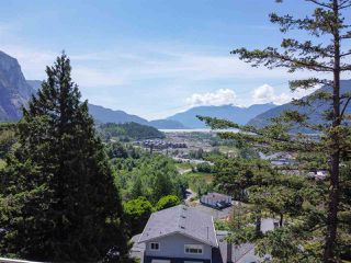 """Photo 30: 38295 VIEW Place in Squamish: Hospital Hill House for sale in """"Hospital Hill"""" : MLS®# R2464464"""