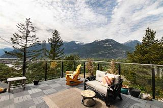 """Photo 4: 38295 VIEW Place in Squamish: Hospital Hill House for sale in """"Hospital Hill"""" : MLS®# R2464464"""