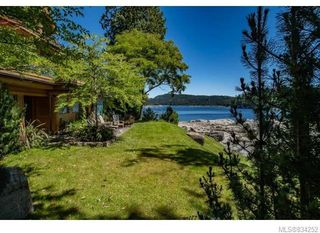 Photo 15: 684 Whaletown Rd in Cortes Island: Isl Cortes Island House for sale (Islands)  : MLS®# 834252