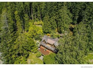 Photo 7: 684 Whaletown Rd in Cortes Island: Isl Cortes Island House for sale (Islands)  : MLS®# 834252