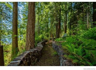 Photo 18: 684 Whaletown Rd in Cortes Island: Isl Cortes Island House for sale (Islands)  : MLS®# 834252