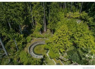 Photo 4: 684 Whaletown Rd in Cortes Island: Isl Cortes Island House for sale (Islands)  : MLS®# 834252