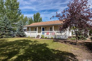 Photo 2: 21 Pembroke Road in Neuanlage: Residential for sale : MLS®# SK824248
