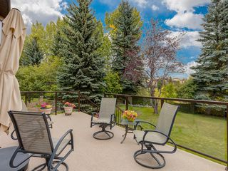 Photo 10: 24 EDGEPARK Court NW in Calgary: Edgemont Detached for sale : MLS®# A1031972