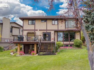 Photo 8: 24 EDGEPARK Court NW in Calgary: Edgemont Detached for sale : MLS®# A1031972