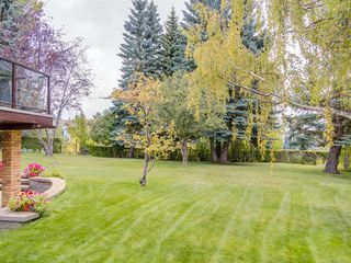 Photo 5: 24 EDGEPARK Court NW in Calgary: Edgemont Detached for sale : MLS®# A1031972
