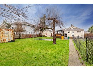 """Photo 30: 34680 2ND Avenue in Abbotsford: Poplar House for sale in """"HUNTINGDON VILLAGE"""" : MLS®# R2528448"""