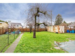 """Photo 29: 34680 2ND Avenue in Abbotsford: Poplar House for sale in """"HUNTINGDON VILLAGE"""" : MLS®# R2528448"""